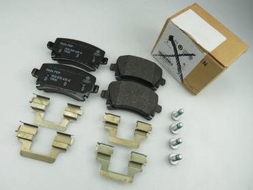 1K0698451K original Bremsbeläge hinten Satz VW Golf 5 V 6 VI Scirocco Audi A3 8P – Bild 1