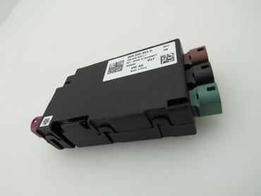 USB Verteiler Hub Spannungswandler 5G0035953D VW Passat 3G Golf 7 VII Touran 5T – Bild 1