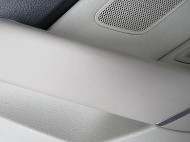 510867211AH Original Türverkleidungen Set Leder schwarz beige VW Golf Sportsvan – Bild 5