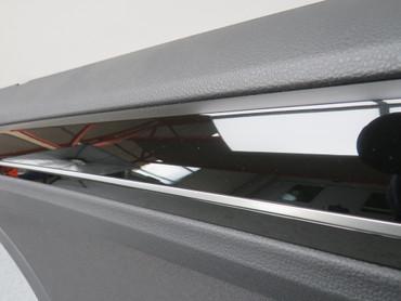 Türverkleidung hinten links schwarz Stoff VW Golf Sportsvan 510867211M – Bild 2
