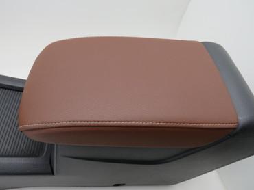 Original Armlehne Mittelkonsole Leder braun marrakesch VW Golf Sportsvan – Bild 9