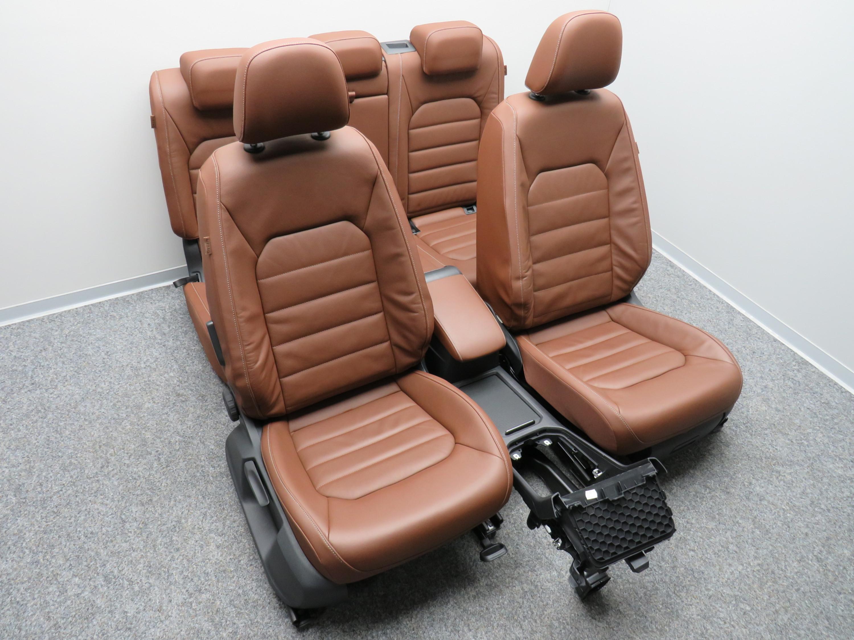 vw golf sportsvan ledersitze innenausstattung sitze leder. Black Bedroom Furniture Sets. Home Design Ideas
