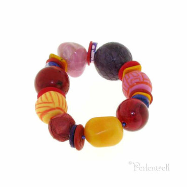 Armband im Materialmix rot-gelb-orange-pink-lila