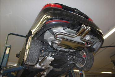 Ford Focus III ST Turnier Endschalldämpfer quer Ausgang mittig - 2x100 Typ 25 mittig – Bild 1