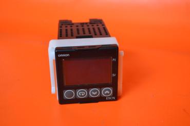 Omron Temperaturregler E5CN-Q2MT-500  – Bild 1
