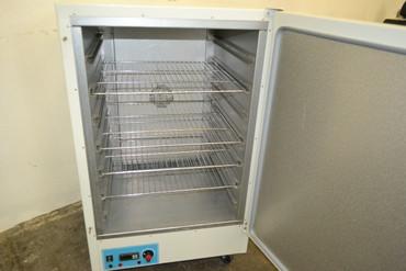 Genlab MINI/200/F/DIG Inkubator Wärmeschrank bis 100°C – Bild 2