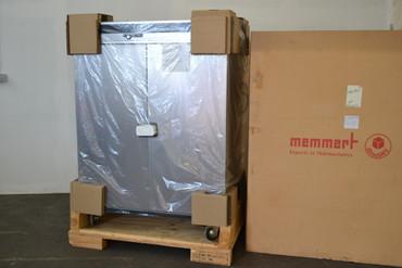 Memmert UFE 800 Universalschrank Wärmeschrank Trockenschrank bis 250°C Neu – Bild 1