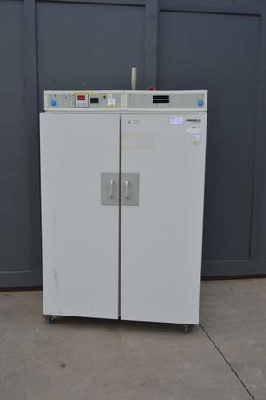 Heraeus Umluft Trockenschrank Wärmeschrank UT 6760 bis 300 °C – Bild 1