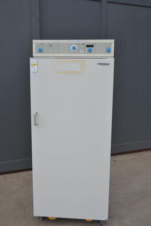 Heraeus Wärmeschrank Trockenschrank SUT 6420 bis 300°C – Bild 1