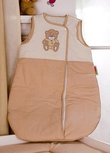 8-tlg. Bettsetpaket Memi Bear inkl. Schlafsack, Decke + Kissen – Bild 5