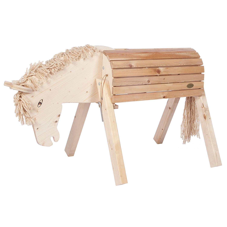 Garden Horse Susi
