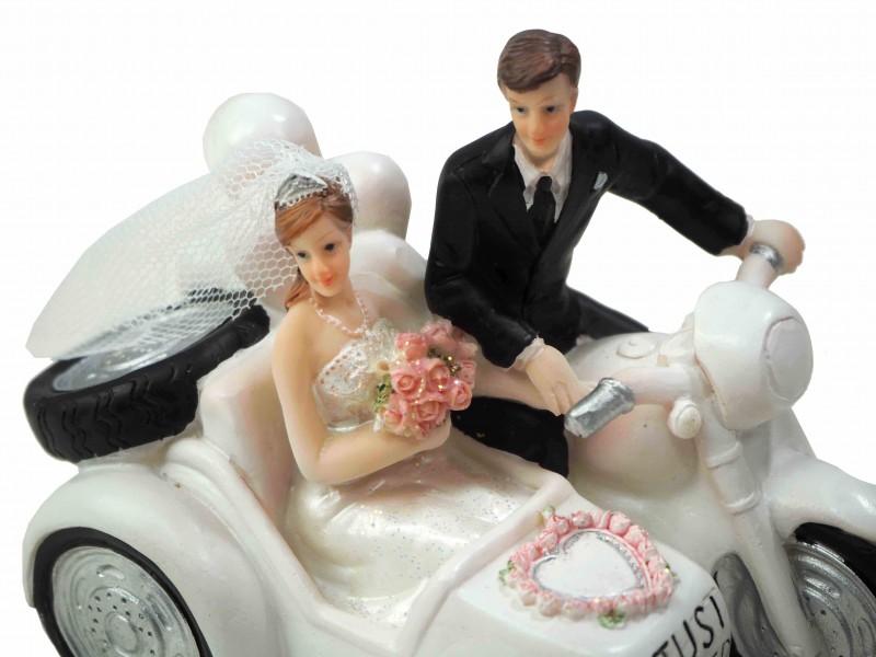 tortendeko motorrad mit beiwagen just married hochzeit tischdeko tortendeko figuren. Black Bedroom Furniture Sets. Home Design Ideas