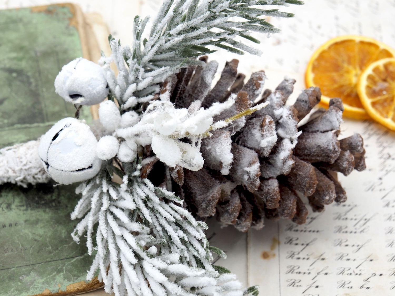 Anhänger Weihnachten Zapfen Schnee Glocke Christbaumschmuck Weihnachtsdeko Natur