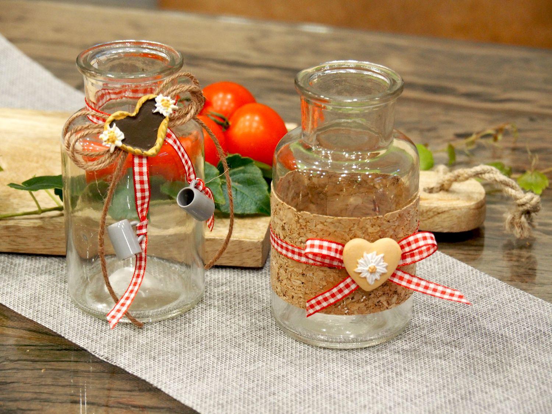 2 Vasen Oktoberfest Bayrisch Rot Tischdeko Deko Party Partydeko