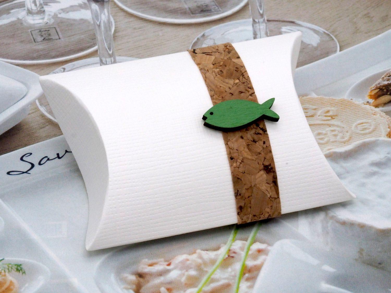 Gastgeschenk Schachtel Kork Fisch Holz Grün Basteln Kartonage Tischdeko Kommunion Konfirmation