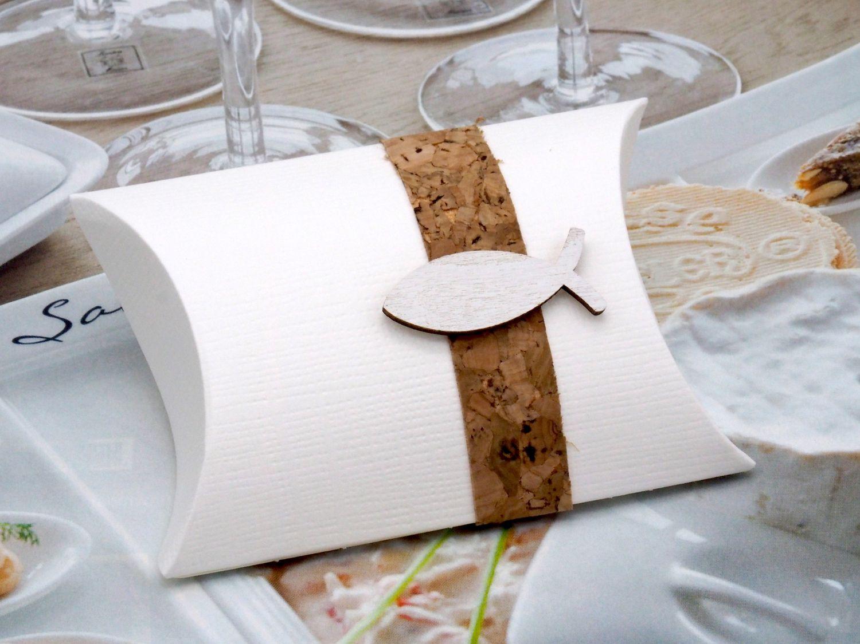2 Gastgeschenke Schachtel Kork Fisch Holz Creme Basteln Kartonage Tischdeko Kommunion Konfirmation