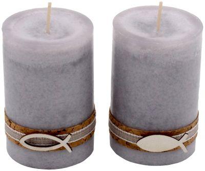 2 Stumpenkerzen Kerzen Hellgrau Grau Kork Fisch Holz Tischdeko