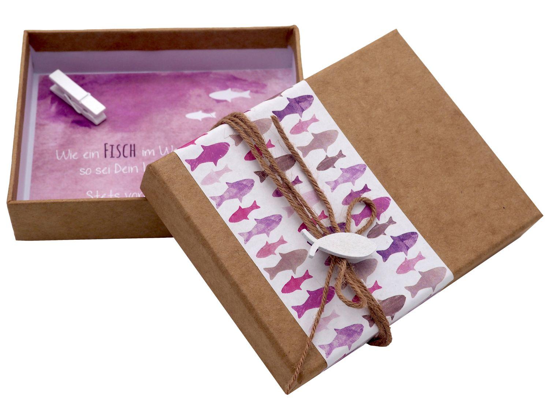 Geldgeschenk Verpackung Mauve Lila Fisch Weiß Kommunion Konfirmation Gutschein Geschenkidee