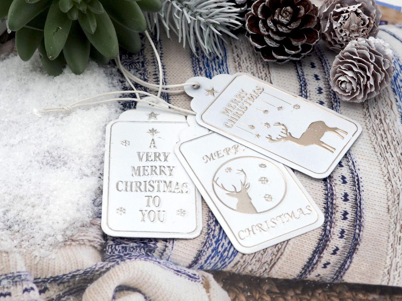 12 Metall Anhänger Geschenk Geschenkanhänger Weihnachten Tischdeko Deko Weiß Gold