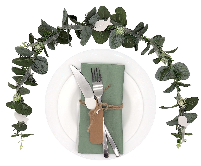 Ehrenplatz Tischdeko Kommunion Eukalyptus Fisch Weiß Grün Vintage