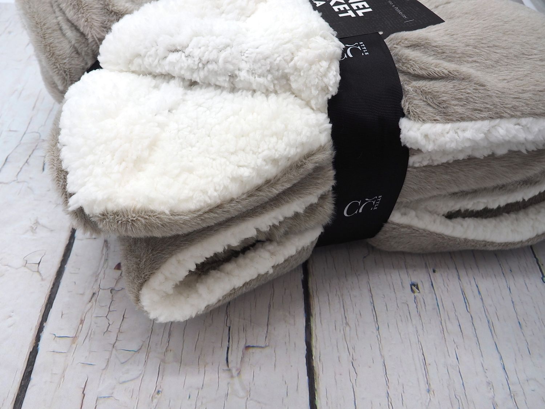 Decke Kuscheldecke Taupe Lammfelloptik Tagesdecke Deko Fleece Plaid