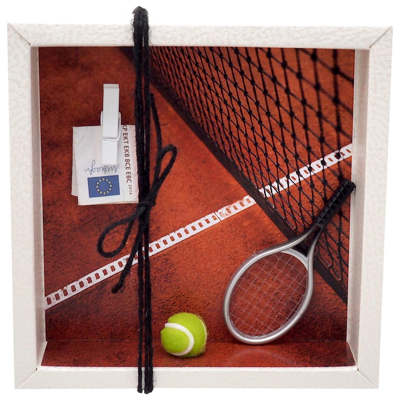 Geldgeschenk Verpackung zum Verschenken von Geld für eine Tennisausrüstung und als Geburtstagsgeschenk