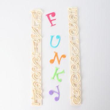 FMM Funky Großbuchstaben und Zahlen Ausstecher – Bild 1