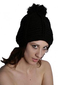 Strickmütze aus Wolle mit Fleecefutter in Schwarz