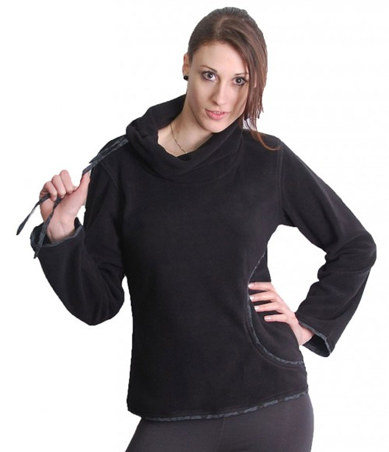 Extravagant Goa Fleece Sweater with a Wide Turtleneck Black/Grey