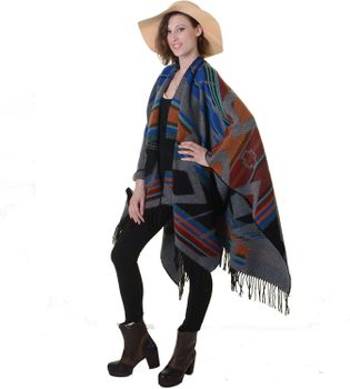 Fancy Cape Poncho with Aztec Pattern in Amazing Colors – Bild 3