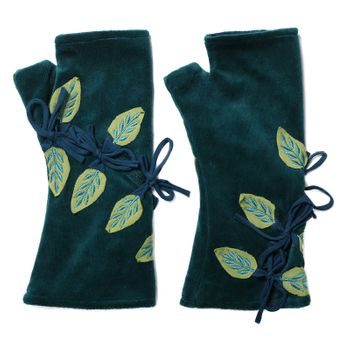 Velvet Arm Warmers with Decorative Leaf-Shaped Applications – Bild 4