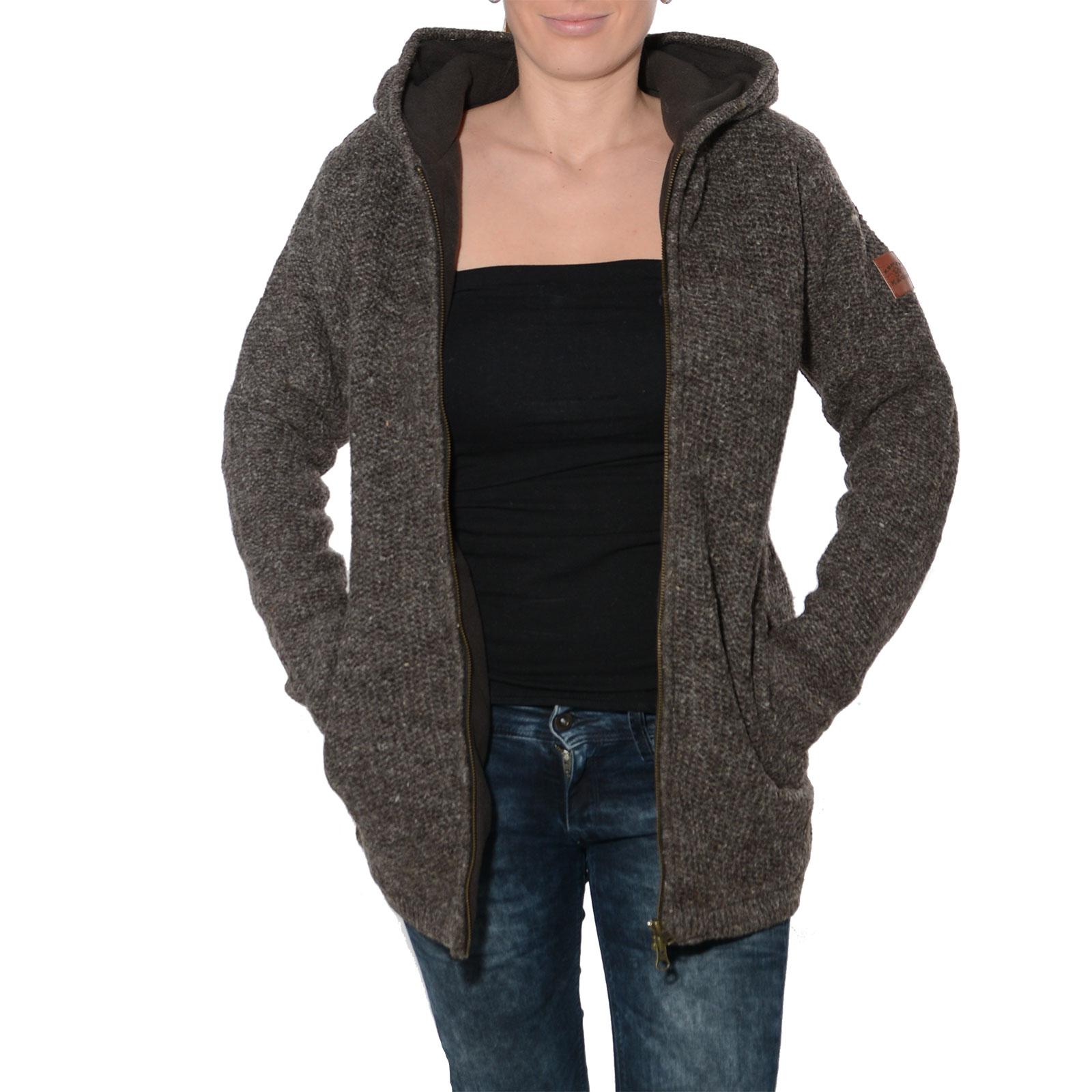 klassische damen strickjacke wolle jacke mit fleecefutter und kapuze von kunst und magie. Black Bedroom Furniture Sets. Home Design Ideas