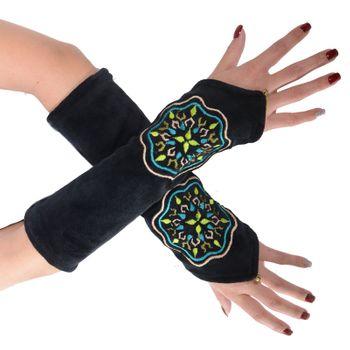 Velvet Arm Warmers with Decorative Mandala embroidery – Bild 9