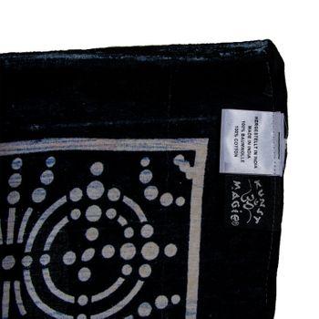 Kunst und Magie Wandbehang Om Chakra Yantra ca. 230 x 210 cm UV Aktiv Glow in the Dark – Bild 2