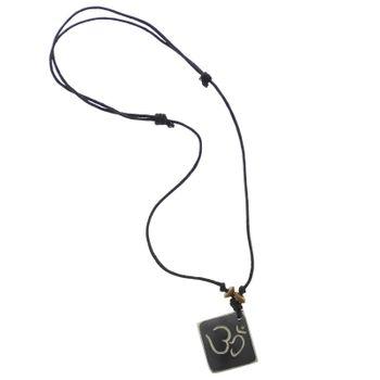 Kunst und Magie Om Manie Padme Hum Anhänger Amulett schwarz ca. 2,5 cm – Bild 2