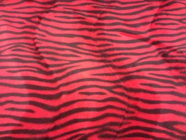 Fellimitat Zebra rot – Bild 1