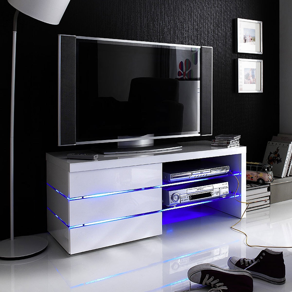 tv lowboard sonia hochglanz wei lackiert tv schrank wohnen tv hi fi m bel. Black Bedroom Furniture Sets. Home Design Ideas