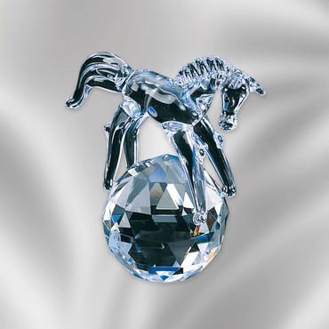 """Kristallfigur """"Pferdchen auf Kugel"""""""