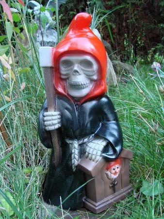 Gartenzwerg Sensenmann Reaper aus bruchfestem PVC Zwerg Made in Germany Figur – Bild 1