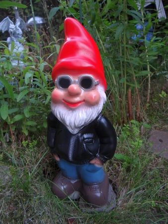 Gartenzwerg Cool aus bruchfestem PVC Zwerg - Made in Germany Figur – Bild 2