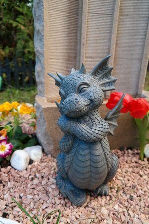 "Gartendrache "" Ach bin ich schön "" Drache Figur Garten Gartenfigur TOP – Bild 1"
