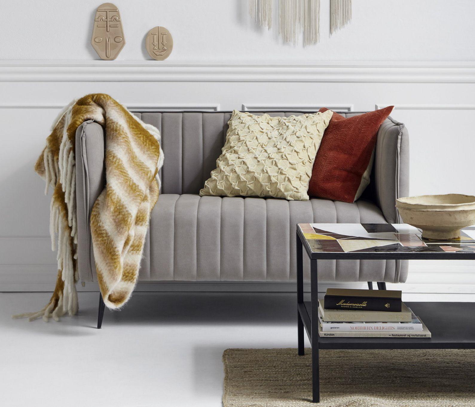 Samt Sofa hellgrau