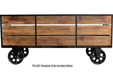 TRUDE-Sofa Industriedesign