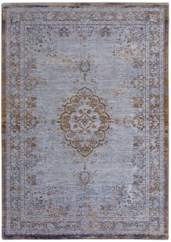 Die Fading World Kollektion bringt einige klassische Medaillon Teppiche mit detailliertem Randstück hervor. Durch den Vintage Look passt der Medaillon Teppich hervorragend in moderne Wohn- und Esszimmer und sorgt dabei für ein belebtes Raumgefühl.