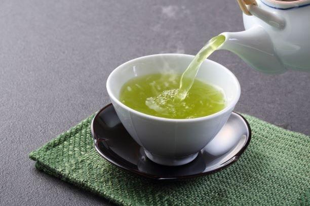 Grüner Tee hat positive Effekte auf Immunsystem, Stoffwechsel und Gehirn.