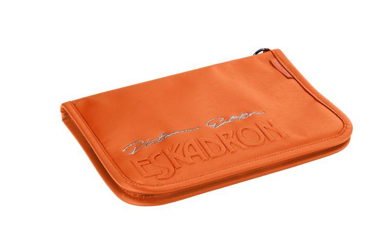 Eskadron Platinum Passmappe in vermillion-orange