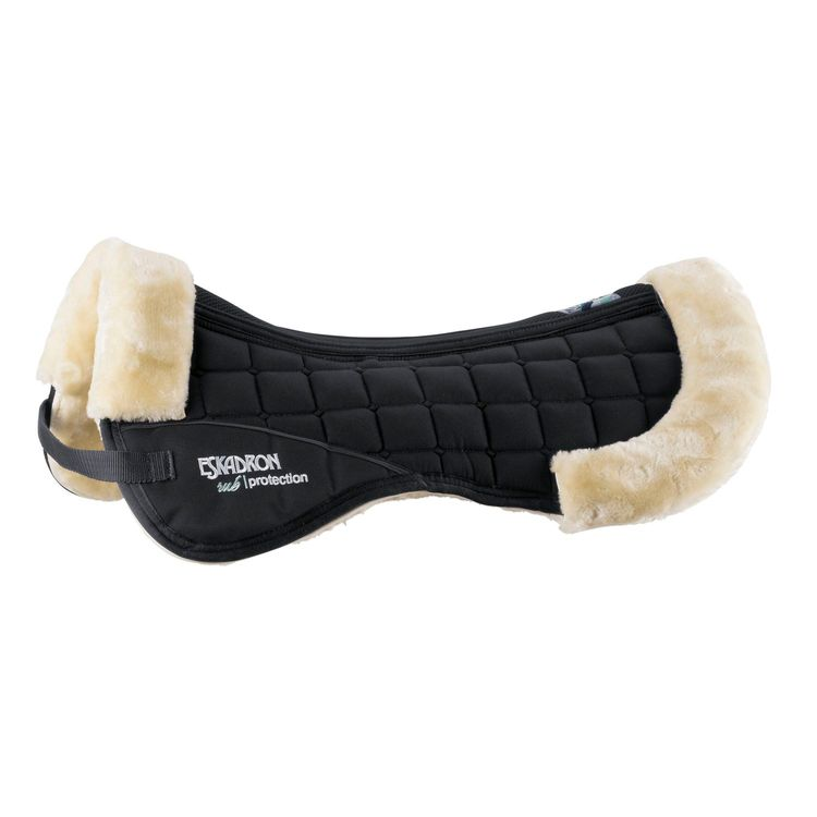 Eskadron Sattelpad Basic Fauxfur in black