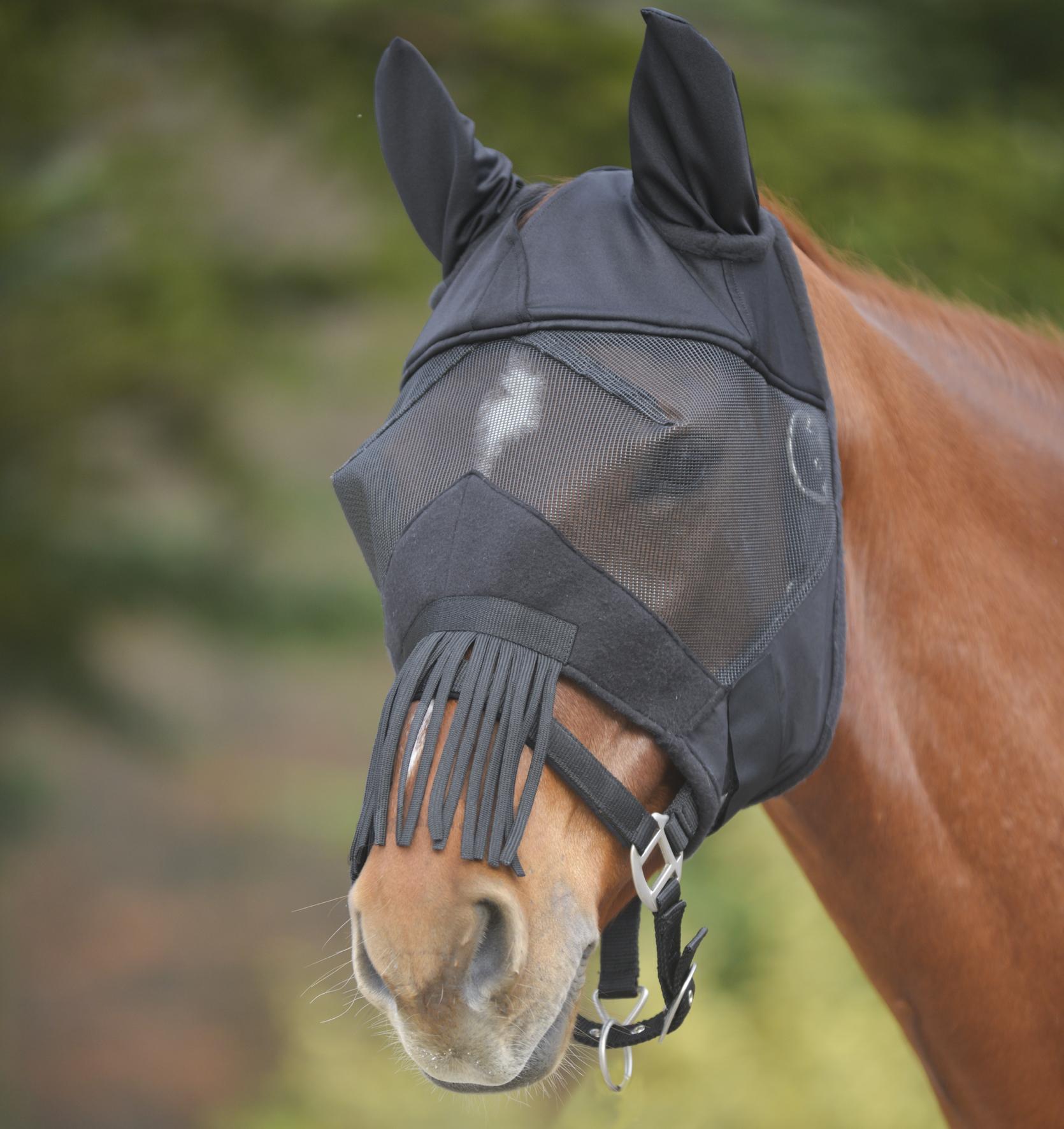 Waldhausen Fliegenmaske Premium mit Ohren und Nasenfransen in schwarz