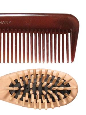 Mega-Einkaufsparadies Haarbürsten und Kämme