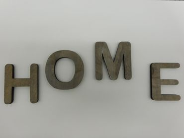 Holzbuchstabe L grau 1 Stueck